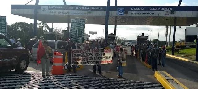 Campesinos radicalizan  protestas en carreteras
