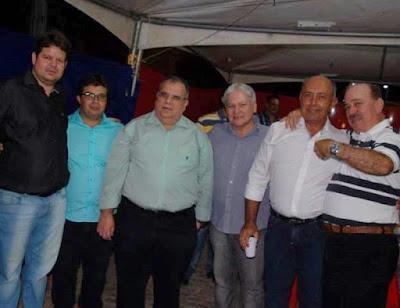 Médico Dr. Júnior prestigia abertura do São João de Ouro Velho