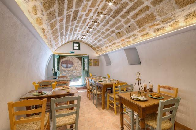 Ξενοδοχείο Μαλβάζια: Το Καφενείο του Ρίτσου 8 Annie Sloan Greece