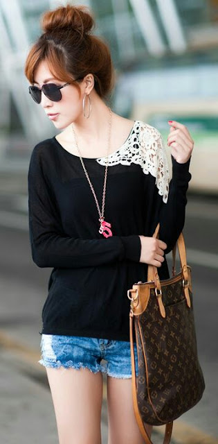 Mini jeans black shirt lace shoulder