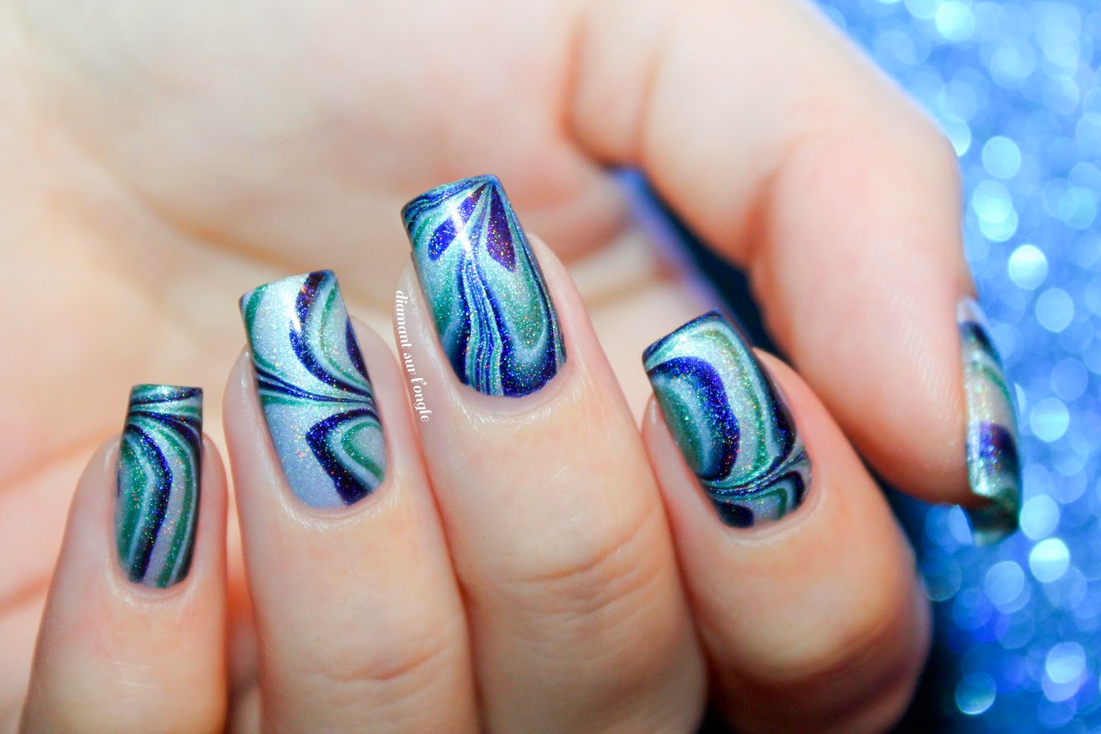 Blue Watermarble Nail Art