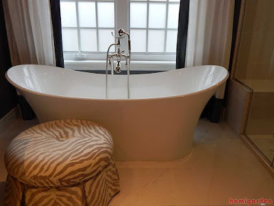 Cast iron bathtub benefits