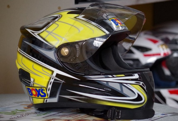 Cara Tepat Pilih Helm Motor Berkualitas Terbaik