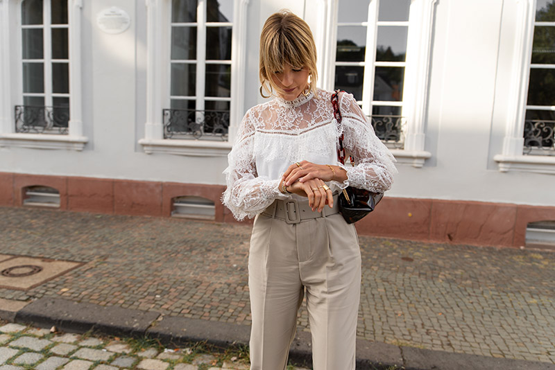 french-lace-blouse-derhy-high-waisted-pants-white-slingback