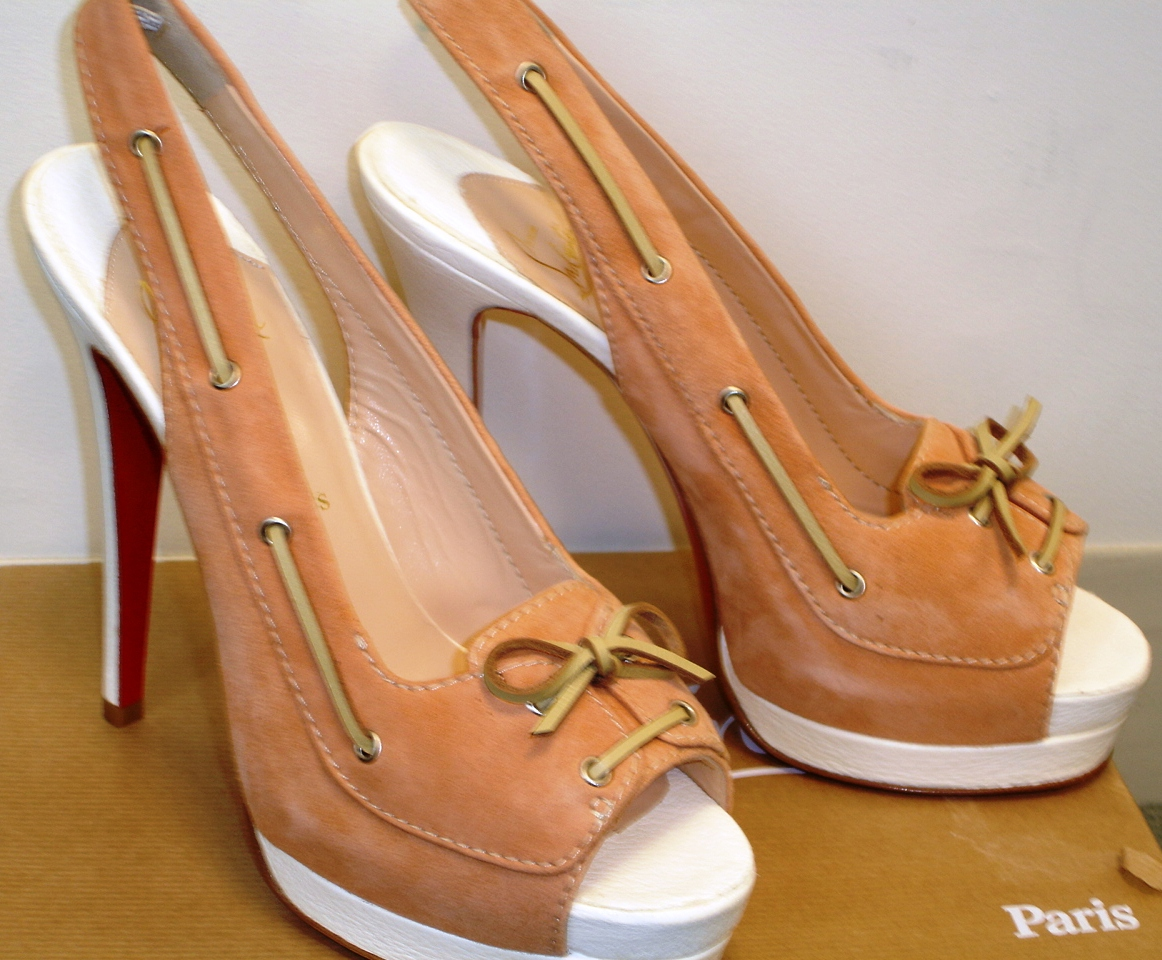 39c0676089f8 Shoes are otherwise brand new with no wear anywhere on the sole or insole.  Posted by NY Fashionista at 12 14 PM. Labels  Christian Louboutin