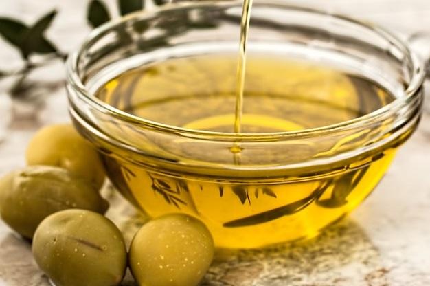 Olive-Oil-Benefits, Olive Oil Nutrition, Benefits-Of-Olive-Oil, Health-Benefits-Of-Olive-Oil, Olive-Oil-For-Constipation, Olive-Oil-For-Hair, Olive-Oil-For-Skin, Olive-Oil-Health-Benefits, Nutritional Value Of Olive Oil, How To Buy Olive Oil, How To Store Olive Oil