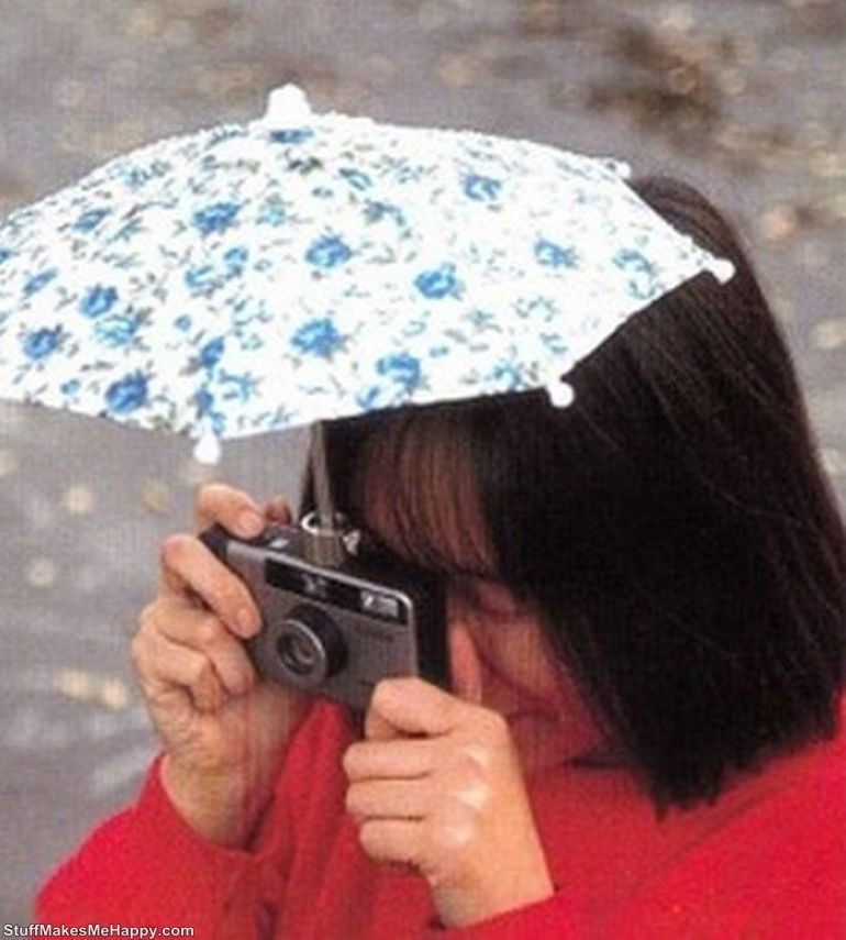 15. Umbrella for the camera