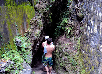 Pantai-Padang-Padang-Bali-Trip-Wisata-Bali-Hemat