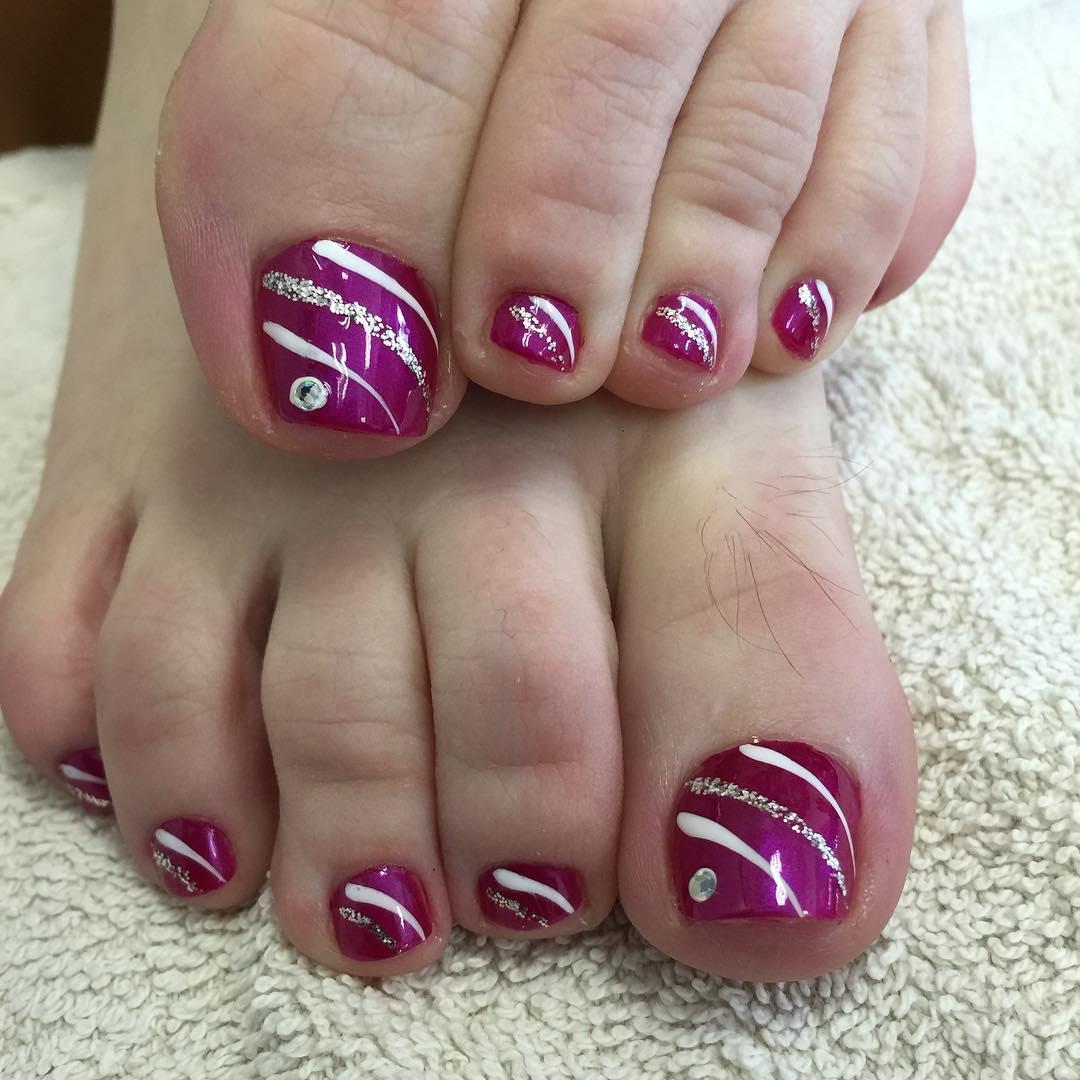 Amazing toe nails!