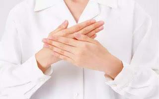 手指發麻的人一定要看看。手指發麻竟如此可怕。可能是「血液淤堵」或者「中風前兆」。一招教你及時救命 ...