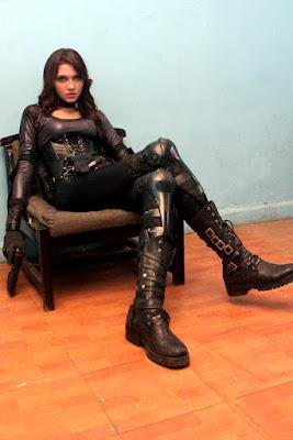 download alexa key girl on fire lateks ketat