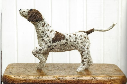 08-Pointer-Hound-Muir-and-Osborne-Knitted-Dogs-www-designstack-co
