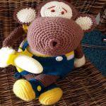 https://www.crazypatterns.net/en/items/8066/schmuse-aeffchen-monkey-affe-ca-34cm