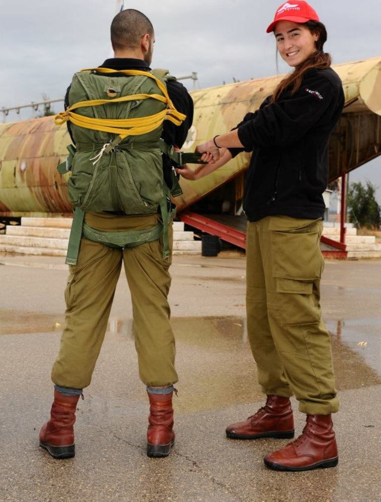 Warhistory Female Soldiers Of The Israel Defense Forces Idf-3894