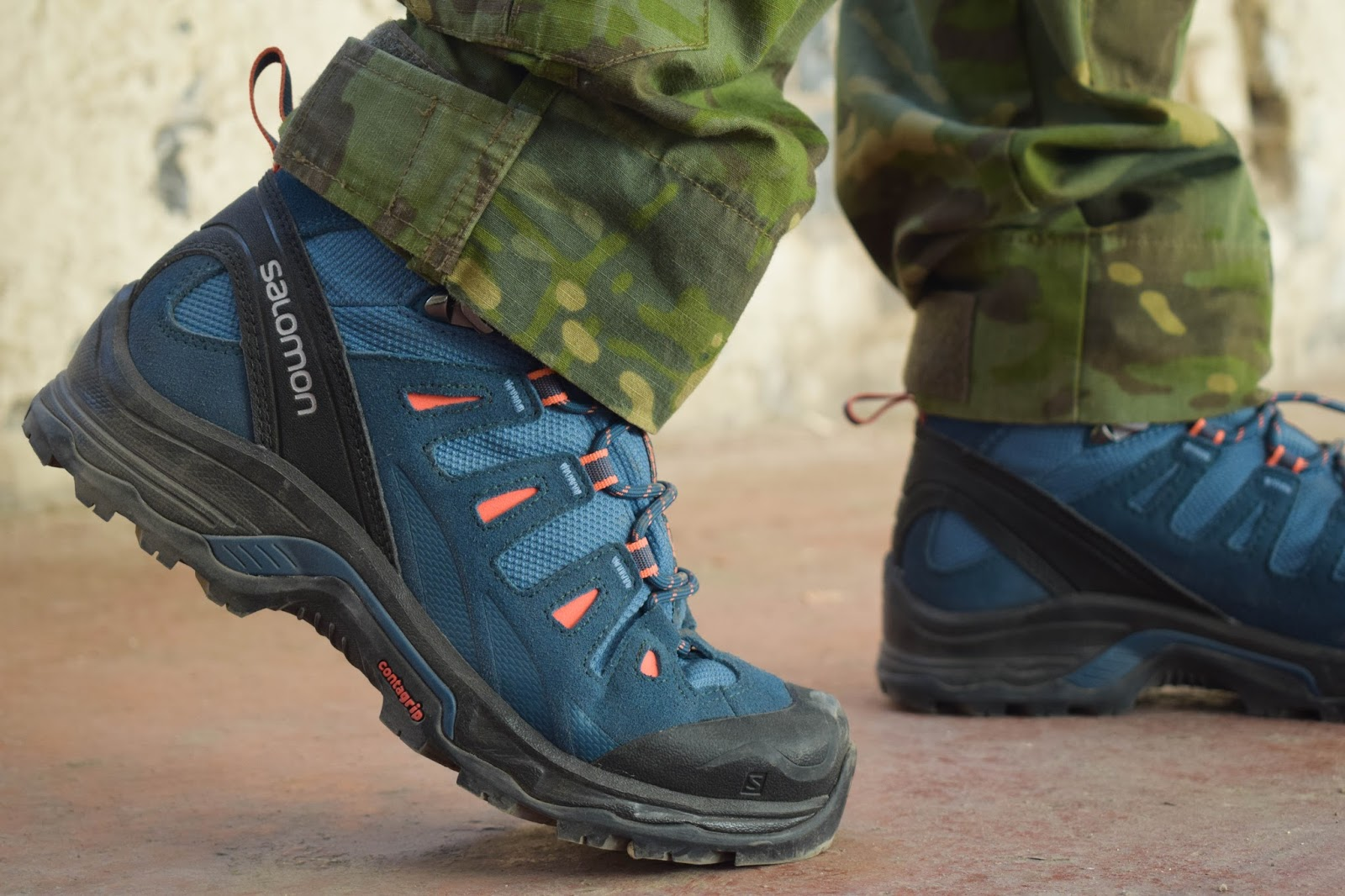 e71084b48e9c The Quest Prime GTX women s is an athletic style shoe by Salomon that is  designed for hiking and backpacking. The design focuses on being  lightweight and ...