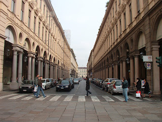 The Via Roma in modern Turin