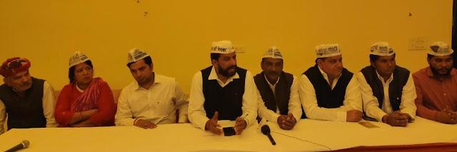 Kejriwal's historic school-hospital rally in Tigaon in Faridabad - Naveen Jahind
