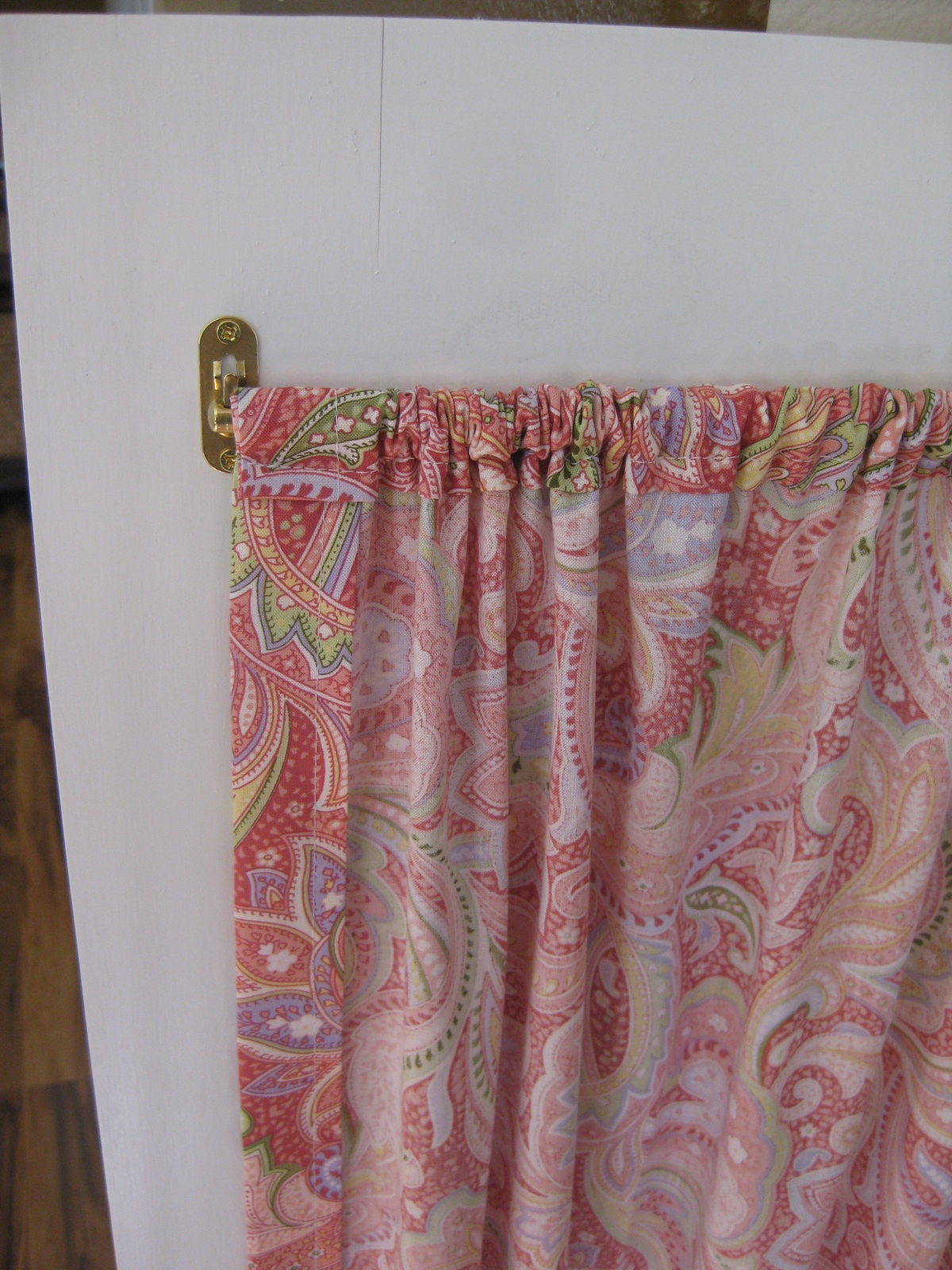 Tda Decorating And Design The Dress Up Armoire Curtain How To