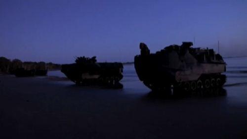 Tank amfibi saat Talisman Saber 2013
