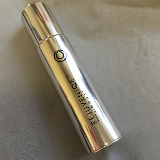 Rejuvenique Monat Oil Review