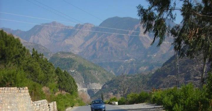 Descriptive writing – My trip to Murree Essay Sample
