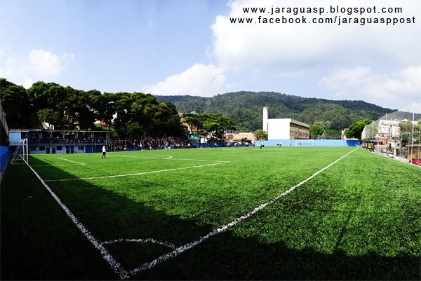A Arena Taipas tem um piso gramado sintético