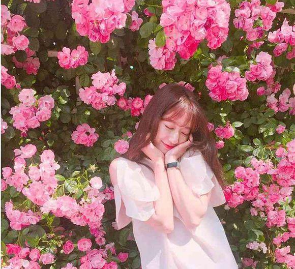 Park Shin Hye Shows Off Her Flawless Skin Through Selca ... |Park Shin Hye 2014 Selca