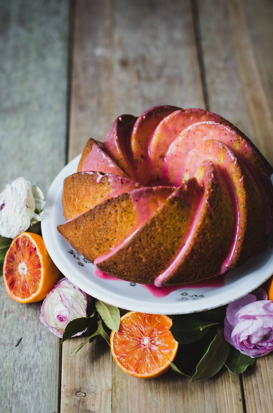 Bundt cake à l'orange sanguine et aux graines de pavot