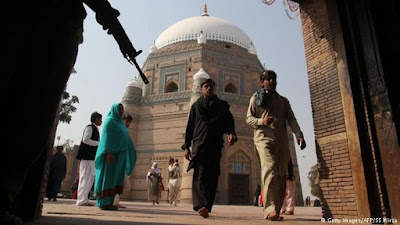 Túmulo do Santo Sufis do século XIII -  Shah Rukn-e Alam em Multan, no Paquistão.