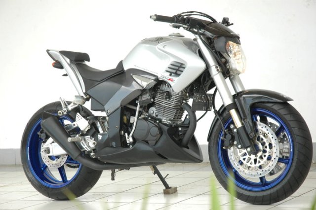 Modifikasi Honda Tiger Street Fighter