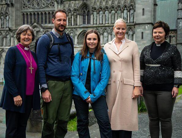 Crown Prince Haakon, Crown Princess Mette-Marit, Princess Ingrid Alexandra
