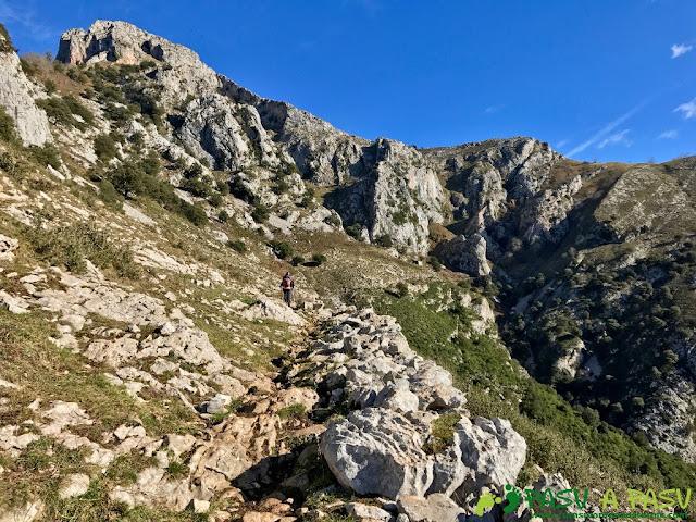 Sierra de Juan Robre, subiendo por la zona del Costazu