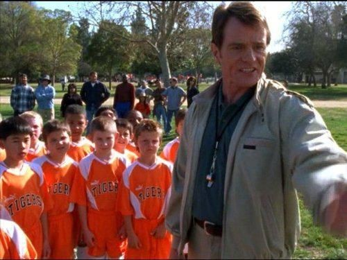 Malcolm in The Middle - Season 3 Episode 16: Hal Coaches