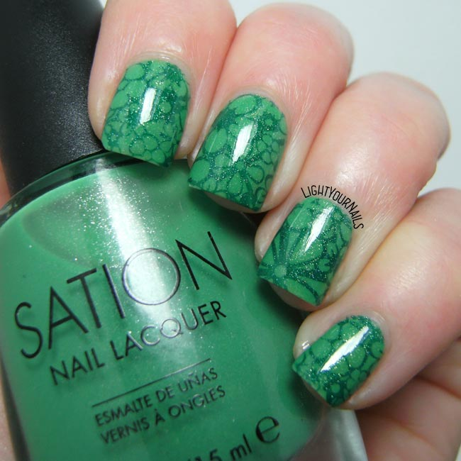 Green flowers stamping nail art feat. Harunouta 07 plate