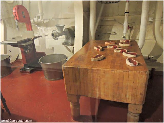 Área de Preparación de Alimentos del USS Massachusetts