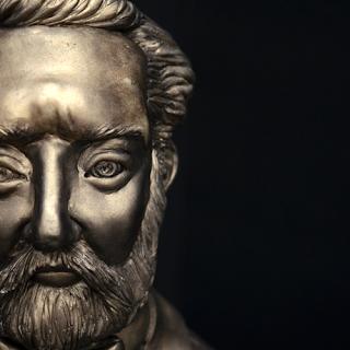 Buste de Jules Verne - Nathalie de Natasel
