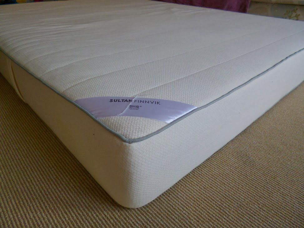 materasso king size ikea image of ikea brimnes bed frame with drawers with materasso king size. Black Bedroom Furniture Sets. Home Design Ideas
