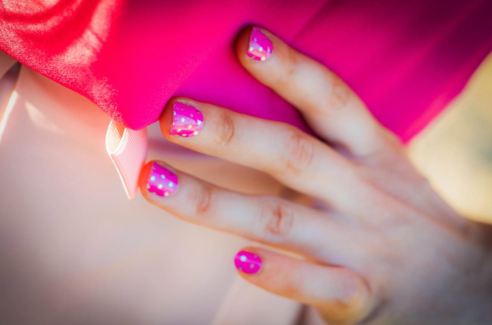 jamberry, jamberry nails, nail art, polka dotted nails, fresh manicure at home, manicure so easy, easy manicure at home, pretty nails, nails,