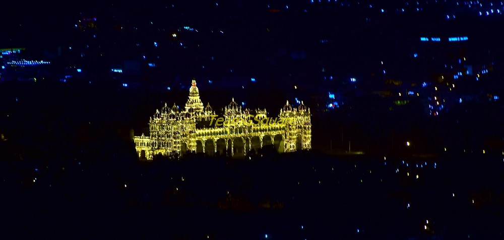 Lit Mysore Palace