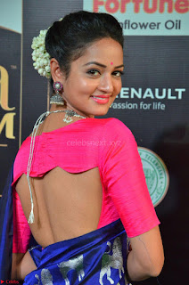Shanvi Looks Super Cute in Pink Backless Choli Blue Saree at IIFA Utsavam Awards 2017 02.JPG