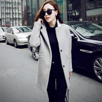 sobretudo feminino curto feminina mulher look inverno casaco lindo estiloso diferente estilo bonito moderno elegante moda microfibra lã quente formal chique claro