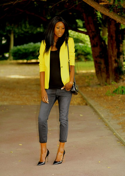 Yellow Blazer And Baggy Jeans Styles By Assitan Blog