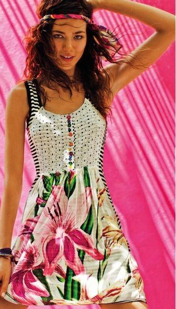 Desigual gli abiti colorati per l estate 2012 - Glamourday Moda ... 573ae1f9d45d