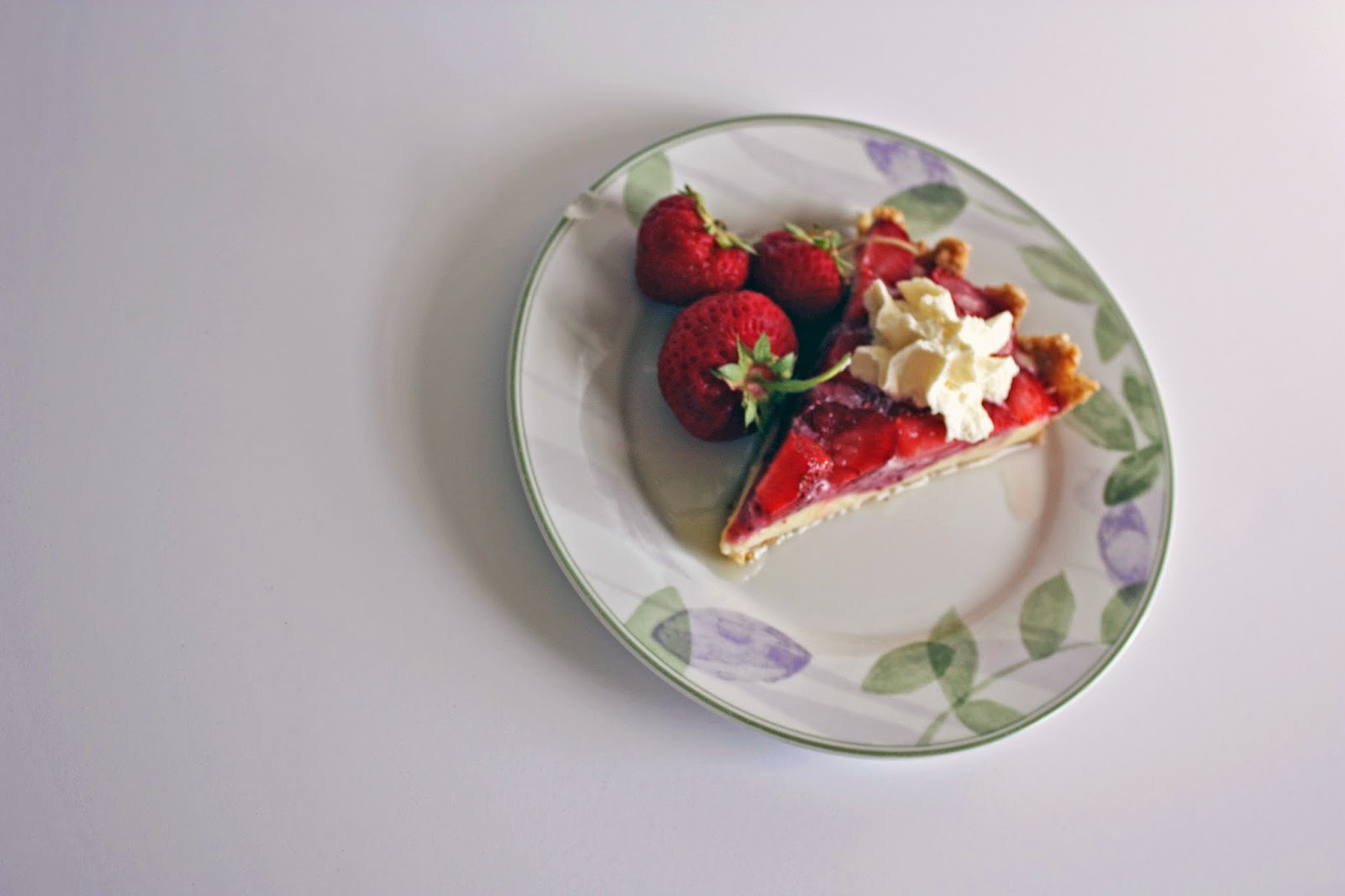 no bake strawberry pudding tart vegan