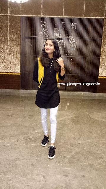 Geeta Rabari Photo images Hd wallpaper pics