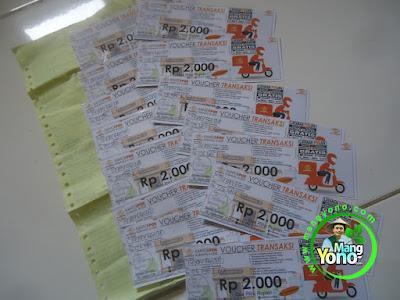 FOTO 2 : Kantor POS Subang Bagi - Bagi Voucher Transaksi