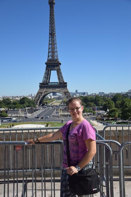 Paryż w pigułce #2 - La Tour Eiffel - zdjęcie 7 - Francuski przy kawie