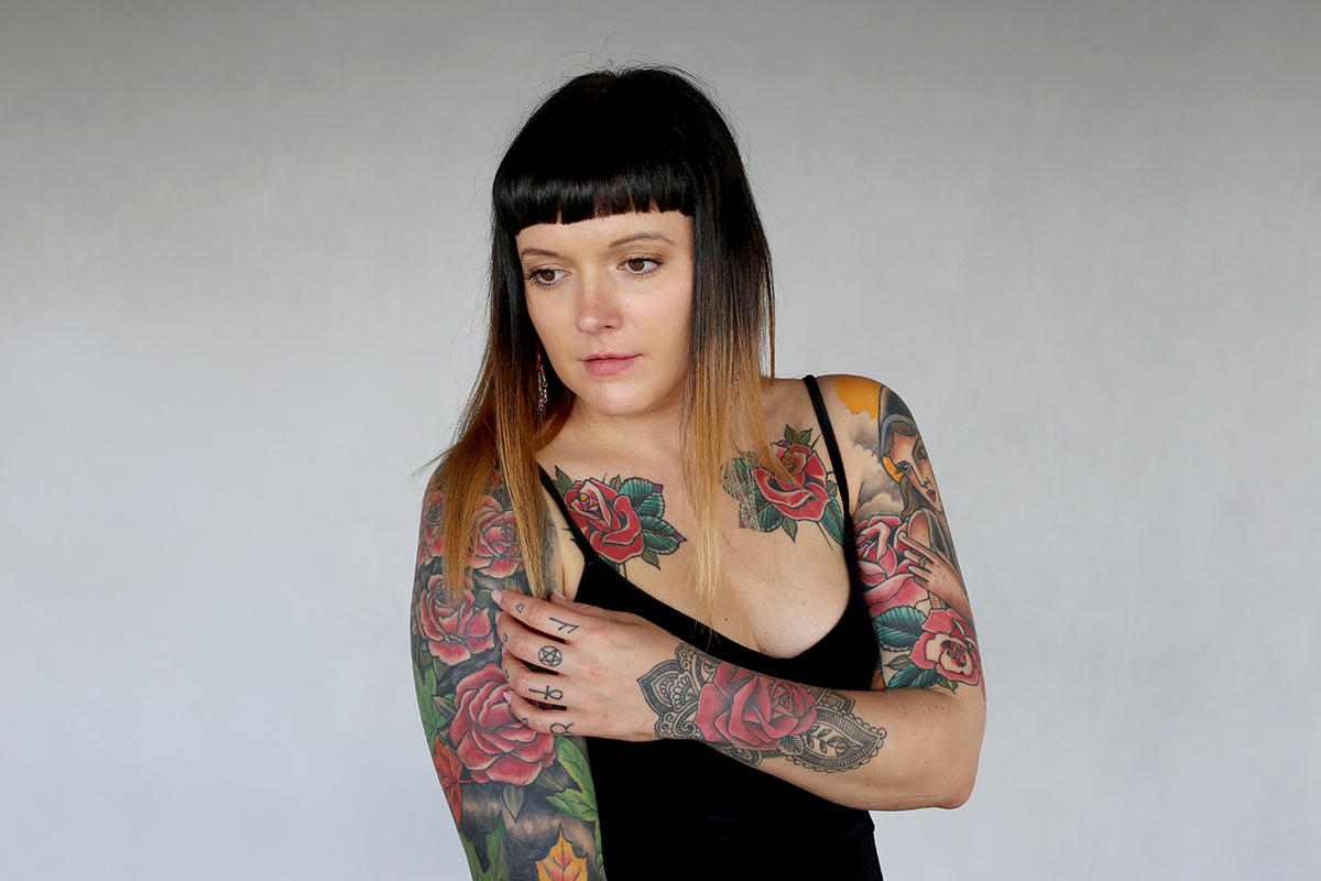 Beccy women with tattoos for Woman with tattoos