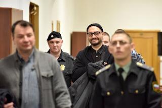 как промежуточное слово в процессе Серебренникова и Малобродского стало политическим заявлением