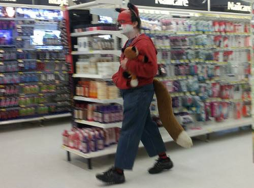 Foto del día Gen te rara que va al Wal- Mart